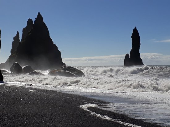 reynisfjara-beach